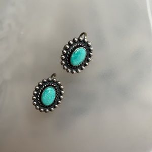 Sterling Navajo earring turquoise stone 925 silver